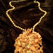 Seashell Pearl Cluster